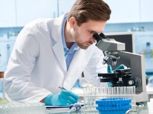 Bei Krebs gibt es immer wieder neue Forschungsergebnisse.